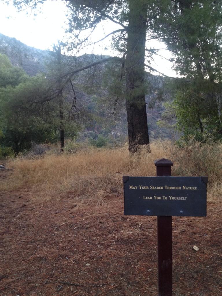 hiking sign mt wilson